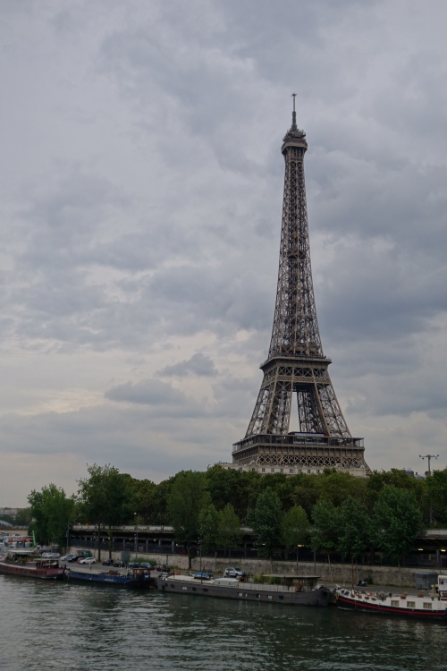 eiffel-tower_portrait