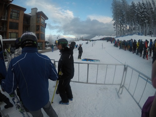 The line behind me by the time I got to the snaking around part of the gondola line