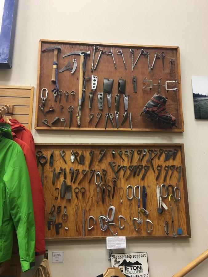 teton-mountaineering-inside-1