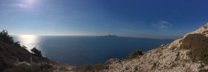 View from the top of the route (Col du Lui d'Ai) of Île de Riou