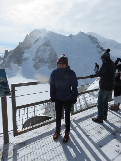 wendy-mt-blanc-du-tacul-mt-blanc-in-background